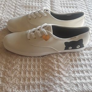 Taylor Swift Keds Sneaky Cat / Size 9 /Ivory Color